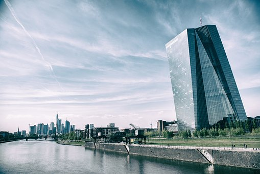 Dax kaum verändert – EZB im Blickpunkt